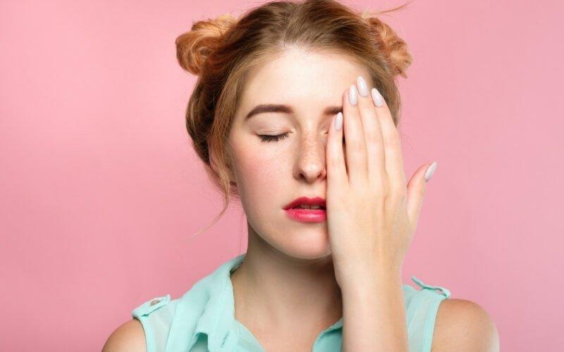 Un esercizio per lubrificare gli occhi