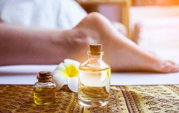 olio essenziali sui piedi