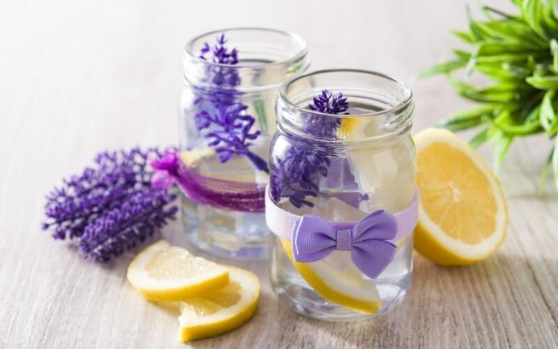 Come preparare la limonata alla lavanda