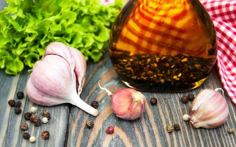 Impacco olio extravergine d'oliva e aglio